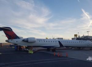 Como é voar na Primeira Classe do CRJ900 da Delta