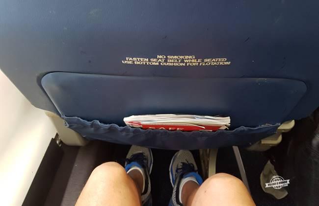 Espaço para as pernas (1,87m) - Assento da Primeira Classe do CRJ900 da Delta