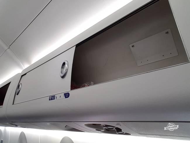 Mini compartimento para bagagem