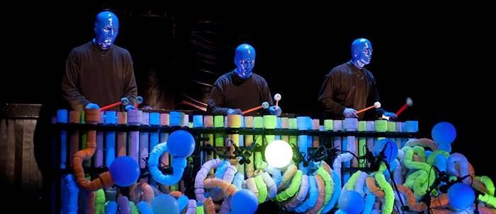 Show do Blue Man Group (fonte: www.blueman.com)