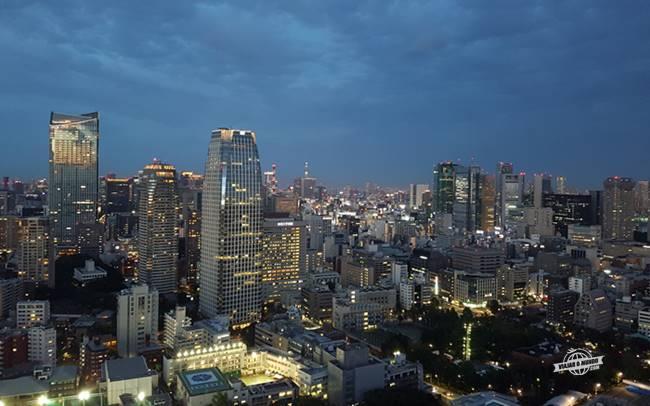 Tóquio vista da Tokyo Tower durante a noite