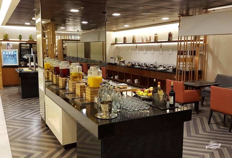 Bebidas - Sala VIP SilverKris Lounge Singapore em Heathrow