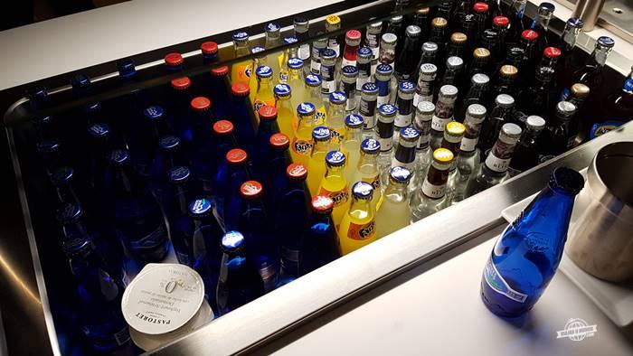 Bebidas na sala VIP Neptuno Lounge