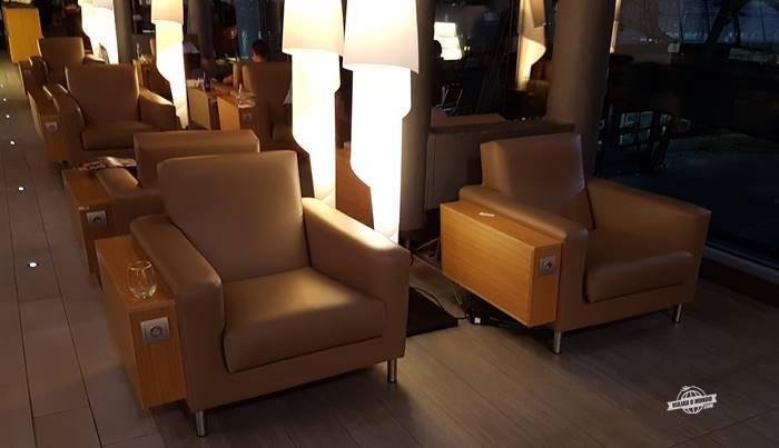 Assentos da Sala VIP Neptuno Lounge