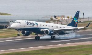 Como é voar Espaço Azul Embraer 195 (BSB – GRU)