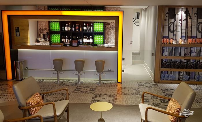 Bar - Gol Premium Lounge Doméstico do Aeroporto de Guarulhos