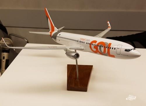 Boeing 737 na recepção do Gol Premium Lounge Doméstico do Aeroporto de Guarulhos
