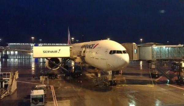 B777-AirFrance-CDG_Airport--