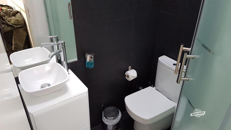 Banheiro - alugando apartamento em Lisboa