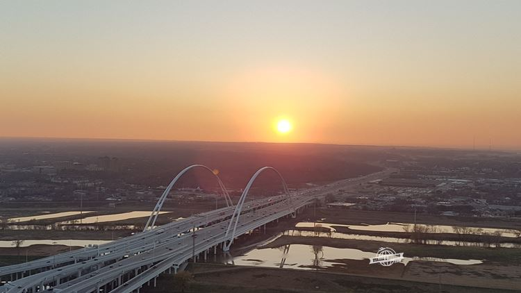 Pôr do sol em Dallas - Geo-Deck