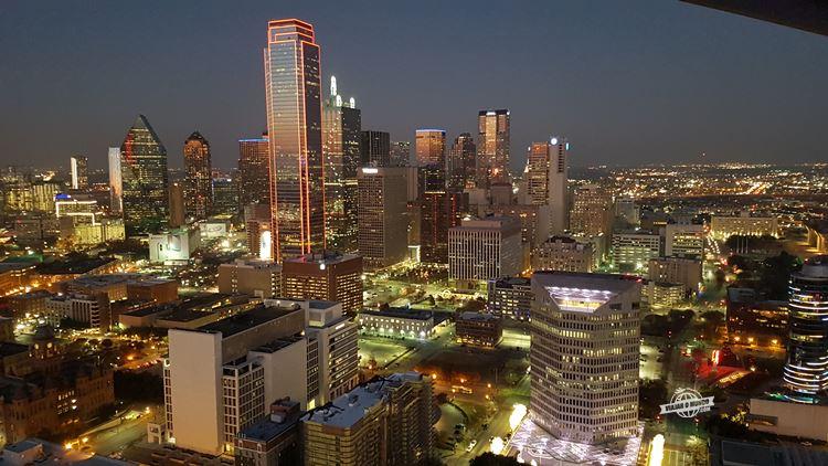 Noite em Dallas - Geo-Deck