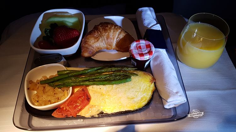 Omelete - Classe Executiva Delta One do Boeing 767-400