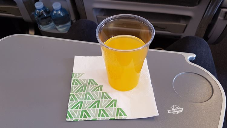 Bebida de boas vindas - Premium Economy da Alitalia