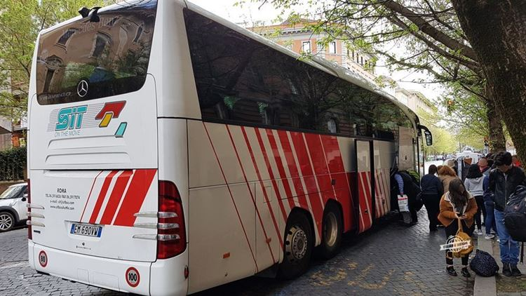 Como ir do Aeroporto para Roma de ônibus: SIT Bus