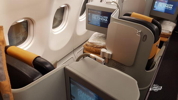 Assentos laterais esquerdo 3C e 4A - Classe Executiva da Alitalia