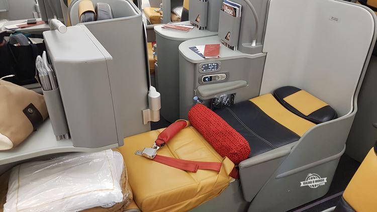 Assento da Magnifica na posição cama: flat-bed ou 180°