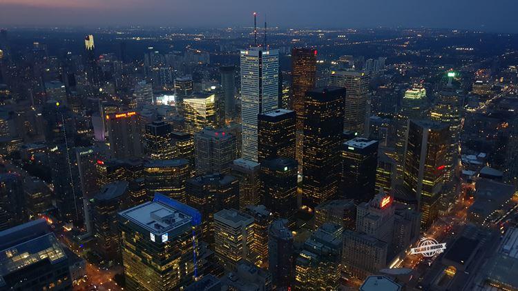 Toronto à noite - CN Tower