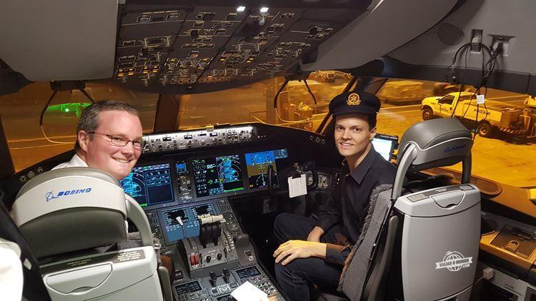 No comando do 787-9 da Air Canada... só que não!