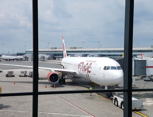 Executiva Low Cost – Como é voar na Classe Premium do 767 da Air Canada Rouge