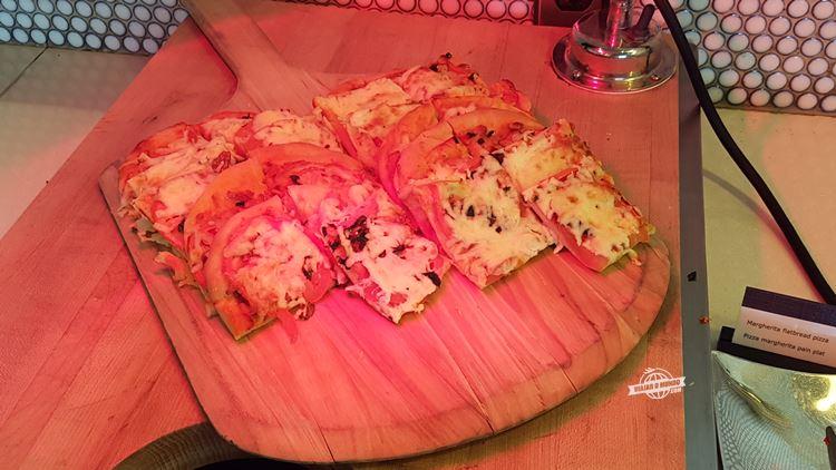 Pizza - Buffet - Sala VIP Maple Leaf Transborder