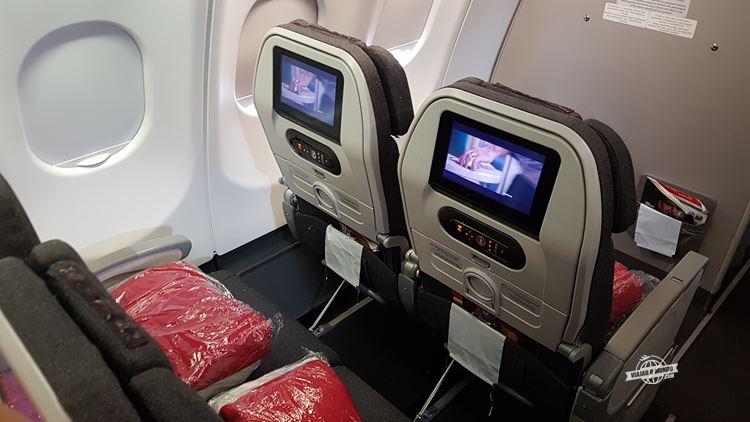 Assentos 11A e 11C da Classe Econômica do A330 da Avianca Brasil. Blog Viajar o Mundo. Viajaromundo.com
