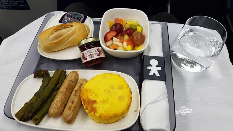 Café da manhã Delta One (voo Rio - Atlanta). Blog Viajar o Mundo.