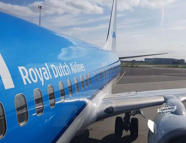 Como é voar na Classe Econômica do 737 da KLM (Amsterdã – Viena)