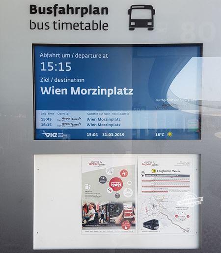 Vienna Airport Line 2 - Como ir do Aeroporto de Viena para a cidade de ônibus. Blog Viajar o Mundo.