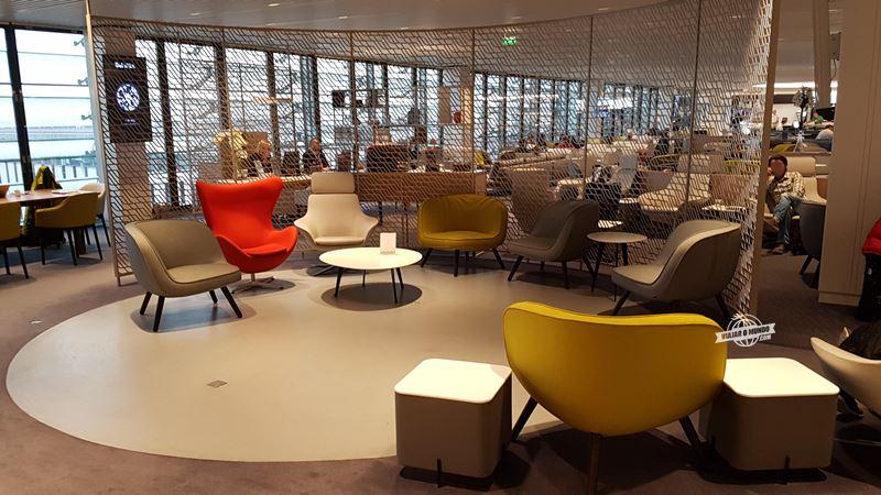Sala VIP Air France Terminal 2E Hall L. Blog Viajar o Mundo.