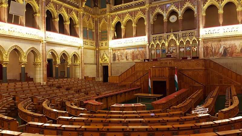 Visita guiada - Parlamento Húngaro. O que fazer em Budapeste. Blog Viajar o Mundo.
