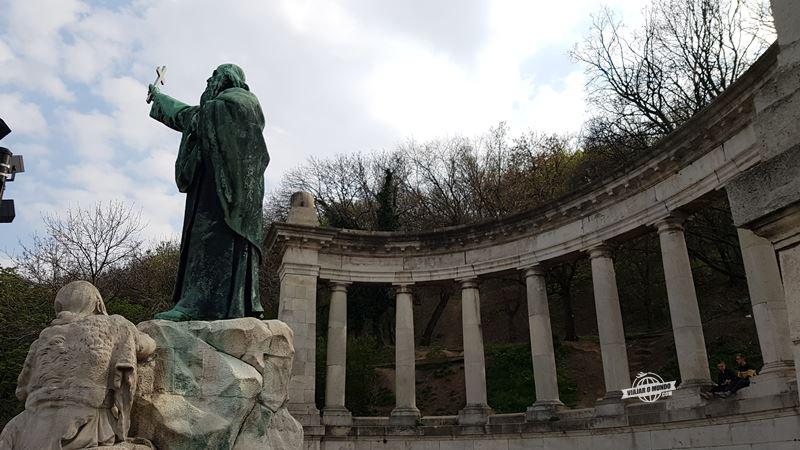 Monumento a Gerard De Csanád. O que fazer em Budapeste. Blog Viajar o Mundo.