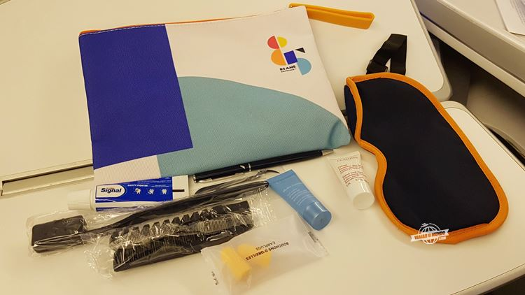 Amenity kit - Classe Executiva da Air France. Blog Viajar o Mundo.