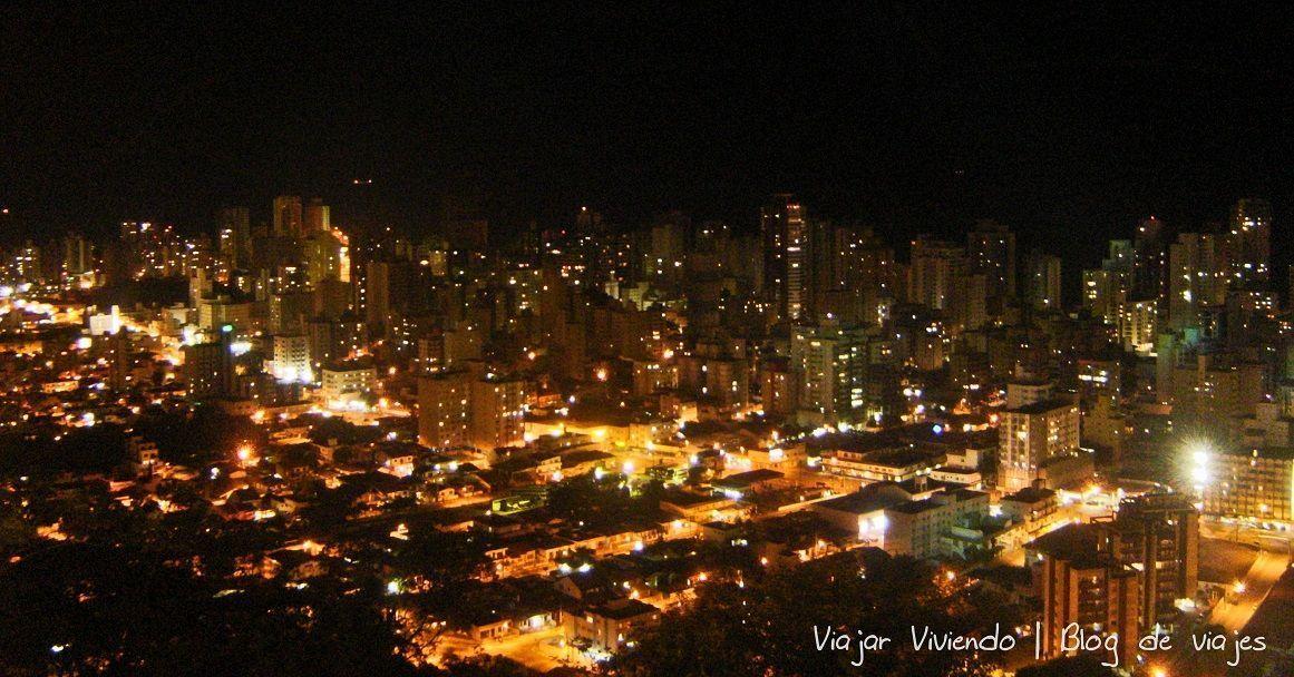 vista nocturna de Camboriú - viajar a camboriu