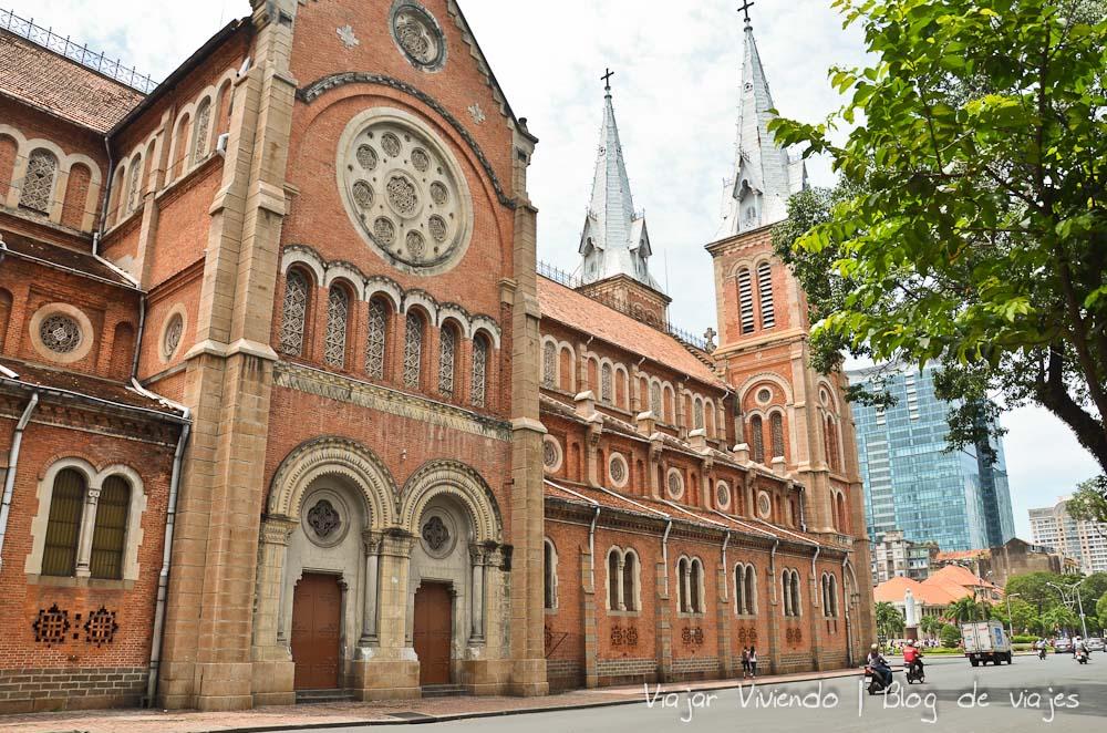 Catedral Notre Dame Ho Chi Minh Vietnam - consejos viajar a Vietnam