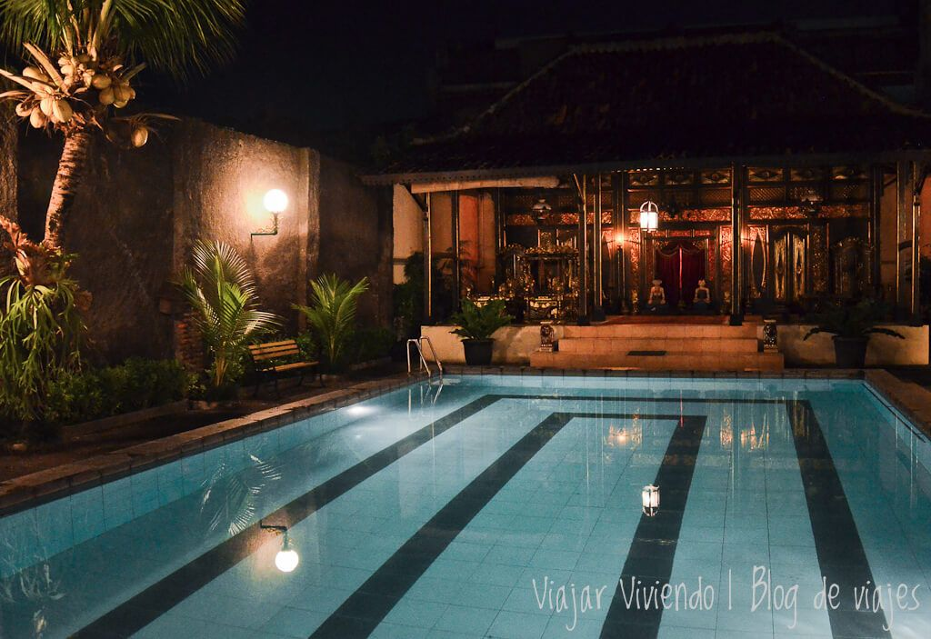 alojamiento en Solo con piscina - indonesia