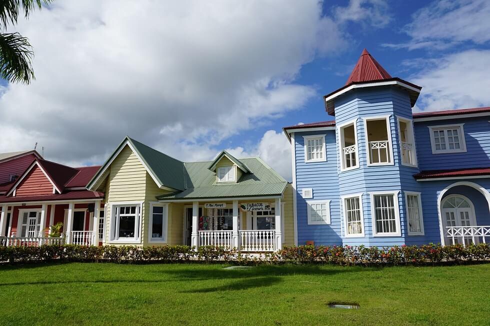 Casas de colores que ver en Samana