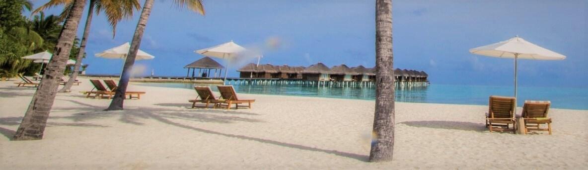 playa en maldivas