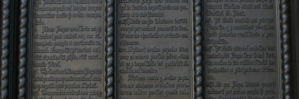 Monumentos conmemorativos de Lutero en Eisleben y Wittenberg