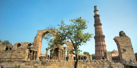 Qutb Minar y sus monumentos
