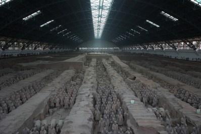 Vista amplia del pabellón del ejército de terracota