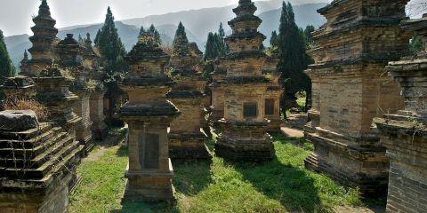 """Monumentos históricos de Dengfeng en el """"centro del cielo y la tierra"""""""