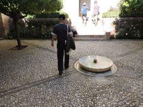 Entrando al Palacio de Generalife