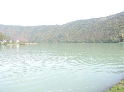 En esta zona el Danubio, dobla sobre si mismo, camino a Viena