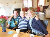 Junto a Andre, la mujer de Fritz, nuestro mecenas.
