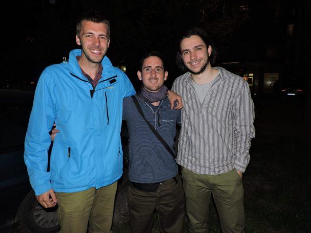 Llegado a Banja Luka, con George y Milos