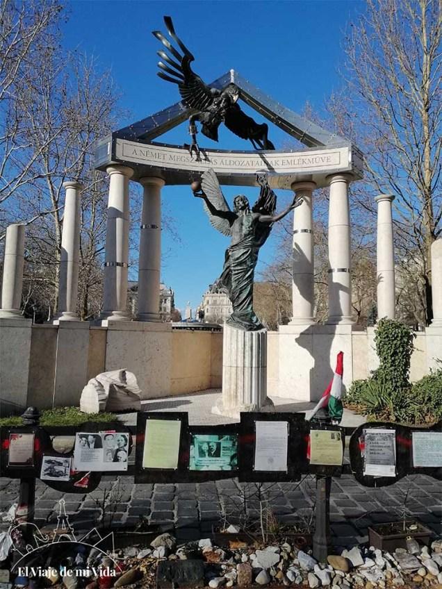 Monumento a la Víctimas de la Ocupación Alemana