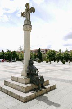 Estatua Peregrino León España