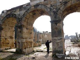 Puertas de las murallas de Hierapolis
