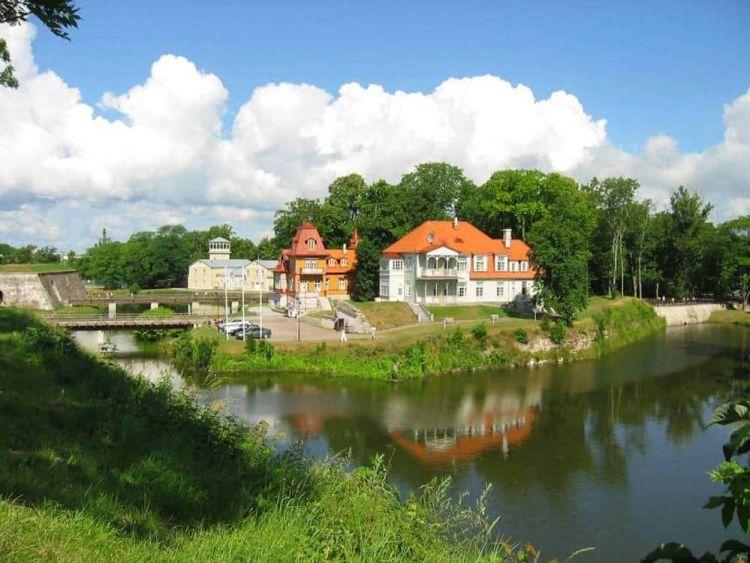 isla-saarema-estonia