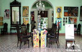 Casas coloniales reconvertidas en tiendas